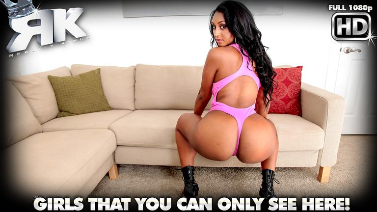 Adrianna Knight in Round and Brown Video: Bad Ass Booty